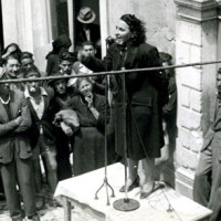 Adele Bei a un comizio, nelle Marche