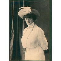 Erma Bossi, 1905, Archivio Carla Pellegrini, Milano