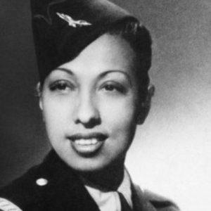 Il comandante Josephine Baker in divisa