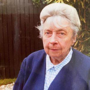 Marie Renée Chevallier Kervern, 1980